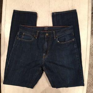 """J.Crew Men's """"The Sutton"""" dark wash jeans 32 x 34"""